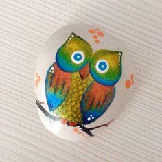 Weiteres - Eule am Stein, Handbemalte Eule, Eule Kunst - ein Designerstück von…