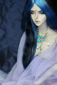 wow this is a really nice doll