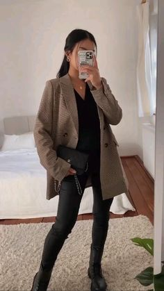 Classy Winter Outfits, Warm Outfits, Casual Winter Outfits, Winter Fashion Outfits, Simple Outfits, Stylish Outfits, New York Outfits, Ootd, Winter Chic