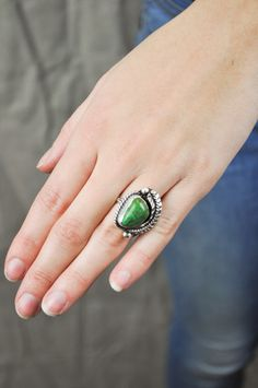 Vintage Feather and Stone Ring by Jondie.com
