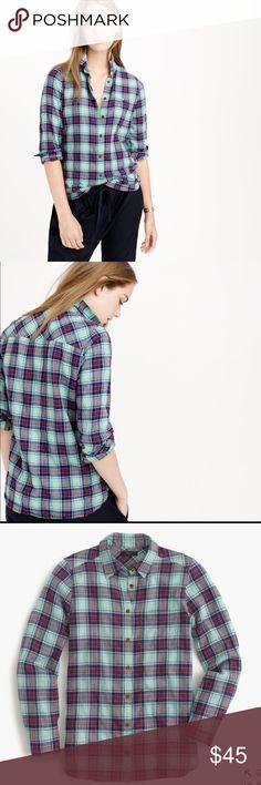 J.Crew Shrunken Boyfriend Shirt Size 4. 99% cotton, 1% elastic. Perfect for layering, lightweight flannel. No signs of wear! Retail $89.50 J. Crew Tops Button Down Shirts