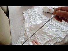 Burgulu haroşa hırka sağ ön yapılış aşamaları - YouTube Baby Cardigan, Cardigan Bebe, Cardigan Pattern, Crochet Cardigan, Knit Crochet, Baby Knitting Patterns, Knitting Designs, Crochet Hammock, Diy Crafts Knitting