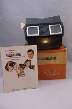 Vintage View Master Model E Stereoscopic Slide Viewer. This viewer was introduced by Sawyer in 1955