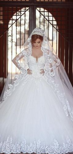 55 Breathtaking Disney Princess Wedding Dress to Fullfill your Wedding Fantasy - VIs-Wed Princess Ball Gowns, Princess Wedding Dresses, Best Wedding Dresses, Bridal Dresses, Trendy Wedding, Dress Wedding, Lace Wedding, Wedding Ideas, Disney Princess Weddings