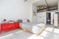 Check out this awesome listing on Airbnb: ***Huge Room in Bright Open Loft*** - Lofts for Rent in Brooklyn
