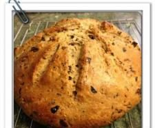 Recipe Olive and Parmesan Damper by daninchris, learn to make this recipe easily in your kitchen machine and discover other Thermomix recipes in Breads & rolls. Kitchen Machine, 5 Recipe, Round Cakes, Cake Tins, Bread Rolls, Parmesan, Nom Nom, Vegetarian, Lamb
