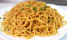 This Plain lo mein is made with boiled noodles, tossed with soy sauce and sesame oil, no fired vegetables or meat include. It is the easies dish for night-snack in China. If you have enough time to spend in kitchen,… Recipe For Lo Mein Noodles, Easy Lo Mein Noodles, Chicken Lo Mein Recipe Easy, Easy Lo Mein Recipe, Lo Main Noodles, Asian Noodles, Plain Lo Mein Recipe, Lo Main Recipe, Vegetable Lo Mein