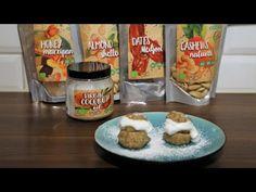 Rawfoodshop Minisemlor - receptvideo. Det är äntligen dags att baka semlor - prova vårt recept på våra raw minisemlor. Oatmeal, Cheesecake, Breakfast, Food, The Oatmeal, Morning Coffee, Rolled Oats, Cheesecakes, Essen