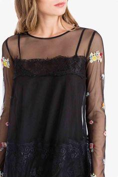 En la  tienda  MaribelFernández tenemos disponible este  vestido de  tul   negro b463486c2f8b6