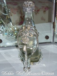 Vintage jewel shoe