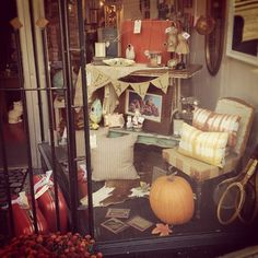 Window Display // Fall & Thanksgiving - October 2012