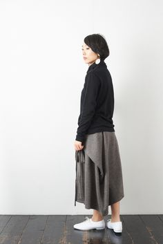 SARAXJIJI ソフトウール フォールドスカート(2color) - poooL (online shop) Fashion Sewing, What I Wore, Pattern Fashion, Diy Clothes, Sewing Patterns, Normcore, Street Style, Womens Fashion, How To Wear
