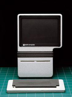 Early Apple computer prototypes by Hartmut Esslinger, 1982/1983