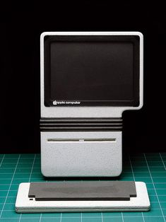 Early Apple computer prototypes by Hartmut Esslinger, 1982/1983.