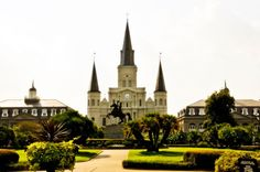 Get travel tips for New Orleans that go beyond the celebration of Mardi Gras, including Jackson Square, Ogden Museum of Southern Art, the Garden District, and the best places for Jazz, po boys, and more.