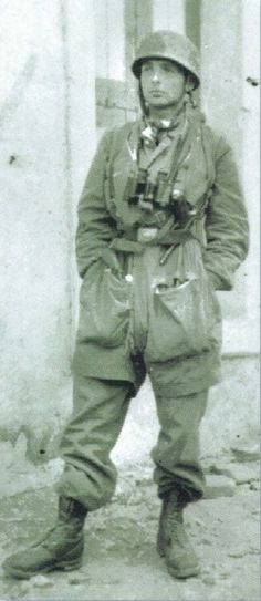 Manfred Kaletsch from the 13th Kompanie/3 Fallschirmjager Regiment. Crete 1941, pin by Paolo Marzioli: