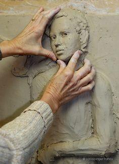 relief sculpture Bas Relief Tutorial Photo Setting Her Sights Lori Kiplinger Pandy Human Sculpture, Sculpture Clay, Sculpting Tutorials, Art Tutorials, Carpeaux, Keramik Design, Sculpture Techniques, Plaster Art, Photo Setting