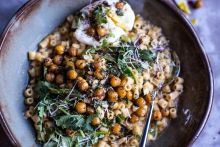 """Quick + Simple Pasta """"Risotto"""" with Herbed Roasted Chickpeas 