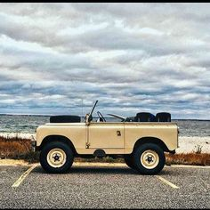 Land Rover 88 Serie II A soft top Live your life.