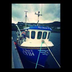 Blue boat. #boAt #fishing #barra #castlebay #scottish #outerhebrides #harbour #harbor #scotland #wandelust #travel #journey