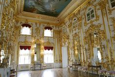 The meticulous attention to detail in the restoration of this palace after WWII is amazing! The Summer Palace of Catherine the Great in St. Petersburg, Russia
