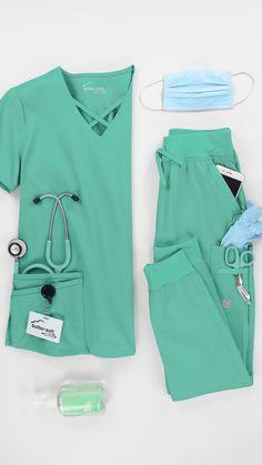 Scrubs Outfit, Scrubs Uniform, Stylish Work Outfits, Cool Outfits, Body Weight Leg Workout, Yoga Scrub Pants, Cute Scrubs, Scrub Jackets, Medical Uniforms
