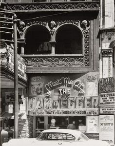 Harry Callahan, In Chicago, Made of matted gelatin silver prints