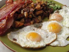 ... fried eggs and bacon on Pinterest | Fried eggs, Bacon and Bacon cake