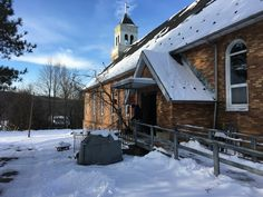 Welcome all! http://The1870.com Workshops, arts & crafts, stained glass studio all in a 147 year old former church in the mountains of Pennsylvania.