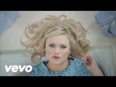 Miranda Lambert - Somethin' Bad ft. Carrie Underwood - YouTube