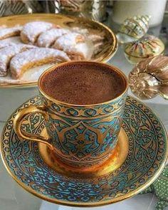 Cafe Coffee Day, Coffee Set, Coffee Love, Coffee Break, Coffee Cups, Tea Cups, Coffee Images, Coffee Photos, Popular Drinks