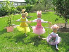 These are adorable scarecrows!