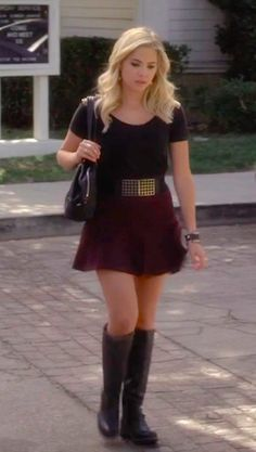 Pretty Little Liars: Oh, What Hard Luck Stories They All Hand Me - Hanna's outfit here : black bardot top; belt; coloured skirt; knee boots