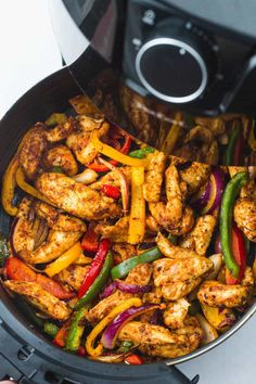 Super easy and flavorful chicken fajitas made quickly in the Air Fryer! The chicken is succulent, and bursting with flavor. Air Fryer Oven Recipes, Air Frier Recipes, Air Fryer Dinner Recipes, Supper Recipes, Homemade Fajita Seasoning, Chicken Fajita Recipe, Chicken Fajitas, Chicken Recipes, Chicken Peppers And Onions