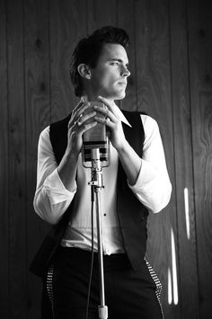 Matt Bomer I love you. I you weren't gay, I would totally get on that ;)