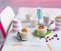 Recipe for Cereal Milk panna cotta by Christina Tosi from Momofuku Milk Bar in New York. Christina Tosi, Cereal Milk, Paleo Cereal, Quinoa Cereal, Trix Cereal, Baby Cereal, Healthy Cereal, Granola Cereal, Cereal Bars