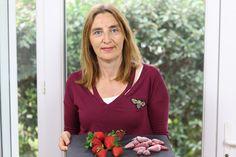 A partir de las 19:00 hora española puedes aprender a congelar las fresas en casa en mi canal de Youtube.