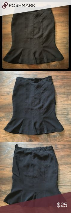 Gorgeous black mermaid style skirt This skirt is adorable and incredibly flattering when on!!! Bellows out at the knee to add a little flair! Perfect for any occasion!!!! H&M Skirts