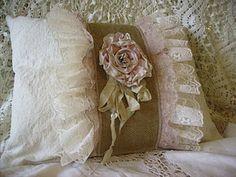 <3  .pretty pillow