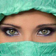 El 3 % de las personas tienen los ojos verdes 500px / Search