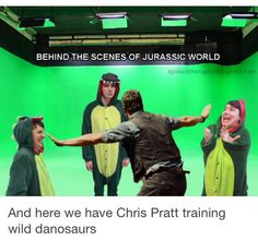 So dangerous I assumed they were just cg man why would they take a risk like this, using real danosaurs on the set?