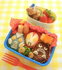 最後のお弁当!ウルトラマンのキャラ弁★ | *森崎りよのママレシピ* Kawaii Bento, Cute Bento, Cute Lunch Boxes, Bento Box Lunch, Bento Recipes, Cooking Recipes, Bento Ideas, Cooking Tips, Food Garnishes