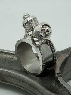 Bague Twin Skull – Hecliptic Piston Ring, Motorbikes, Gears, Twins, Cufflinks, Skull, Accessories, Bijoux, Gear Train