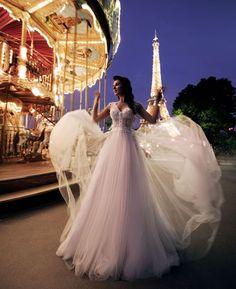 Robe de mariée de princesse de luxe de la créatrice Veronika Jeanvie #robe #robemariée #robedemariée #robeluxe #créatricederobes #créatrice