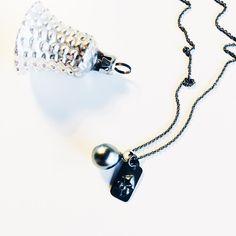 Sølv pricetag med tahitiperle. #pricetag #sølv #silver #tahitiperle #tahitianpearl