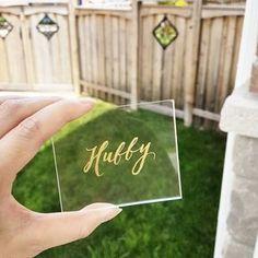 1枚30円で簡単DIY出来る♡「アクリル席札」がお洒落すぎ* | marry[マリー] Wedding Paper, Diy Wedding, Dream Wedding, Resin Art Supplies, Wedding Name Cards, Diy Resin Art, Wedding Store, Craft Party, Sewing Crafts