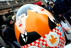this one is for Abigail! // The big egg hunt, Lindt, egg, Covent garden, London, artist