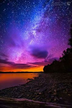 The most beautiful landscapes in the United States pictures): Milky Way over Spencer Bay Moosehead Lake Maine Beautiful Sky, Beautiful Landscapes, Beautiful World, Beautiful Places, Pretty Sky, Wonderful Places, Moosehead Lake Maine, Ciel Nocturne, Milky Way