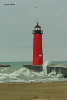 u.s. lighthouses | Lighthouse: Kenosha Pierhead Lighthouse - Kenosha, Wisconsin
