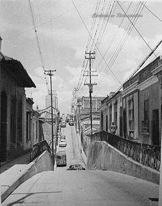 CARACAS EN RETROSPECTIVA: Las aceras altas de Caracas
